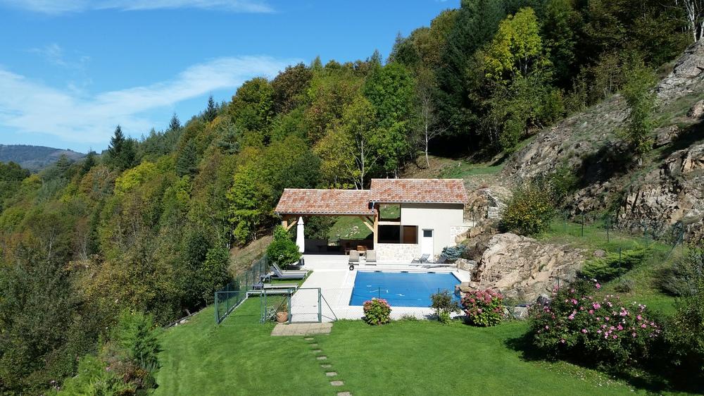 L Espace Piscine Les Combes En Ardèche